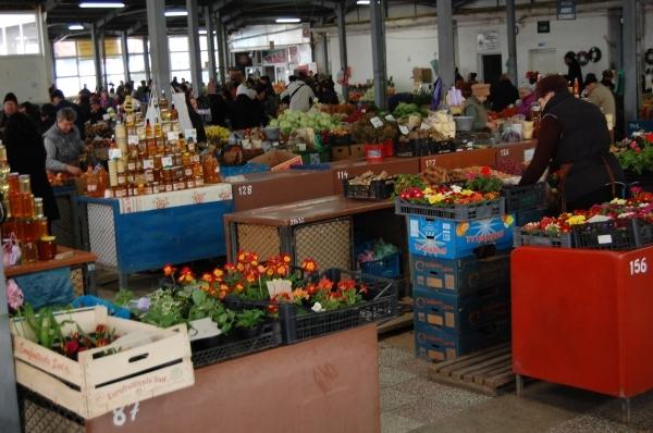 piaţa agroalimentara Făgăraş
