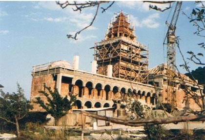 refacerea incintei manastiresti in timpul Mitropolitului Plamadeala