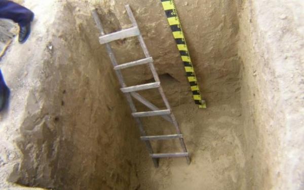 morti - o goapa sapata de groparii cimitirelor costa 250 lei
