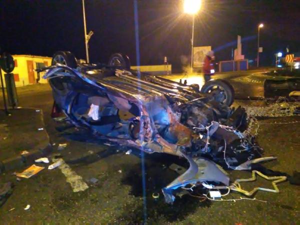 accident giratoriu Kaufland 04.02.16_06